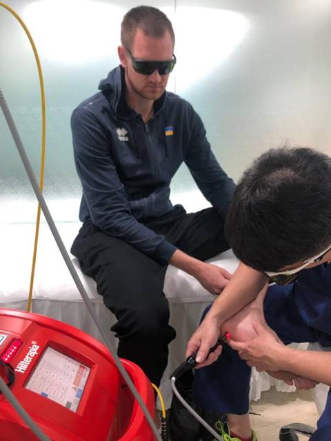 籃球員接受喜樂雷射治療足底筋膜炎